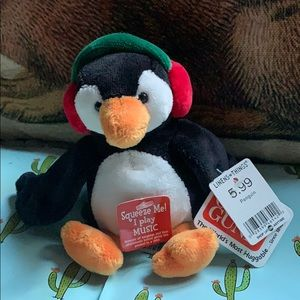Penguin 🐧 musical Christmas GUND plush doll 47542
